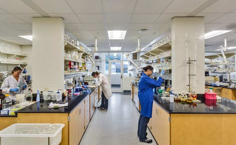 Alcami, UNCW awarded biopharmaceutical workforce development grant | WilmingtonBiz
